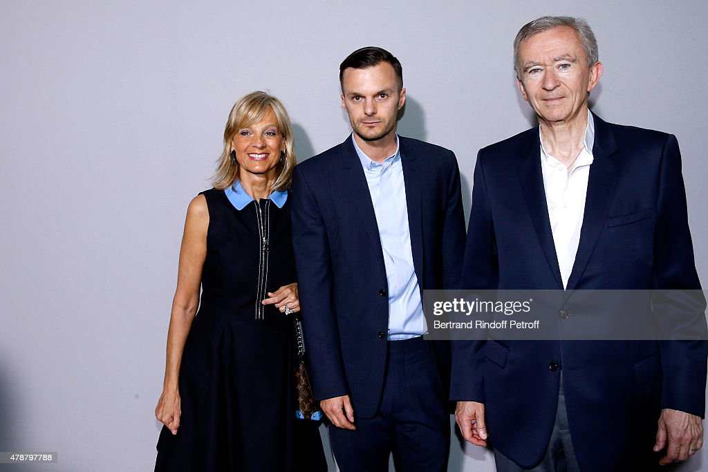 Dior Homme : Backstage - Paris Fashion Week - Menswear Spring/Summer 2016
