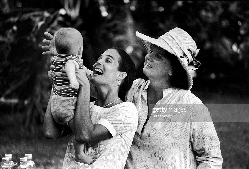 Liza Pulitzer Glamorous Bobby Pulitzerliza Pulitzer & Familylilly Pulitzer & Family Design Inspiration