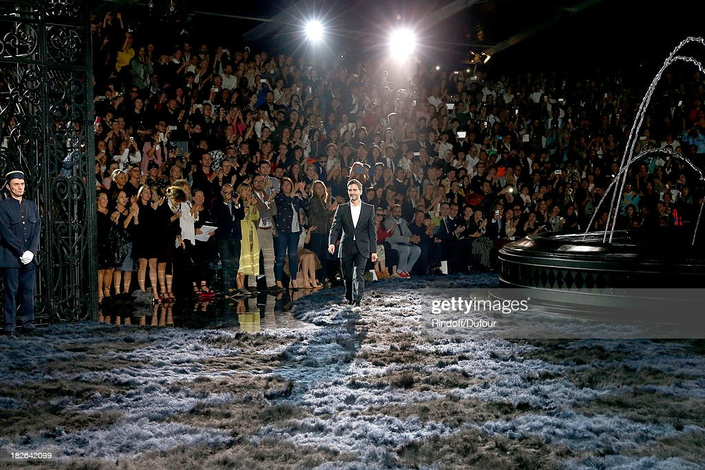 Fashion Designer of Louis Vuitton Marc Jacobs walks the runway at the end of the Louis Vuitton show as part of the Paris Fashion Week Womenswear Spring/Summer 2014, held at Le Carre du Louvre on October 2, 2013 in Paris, France.