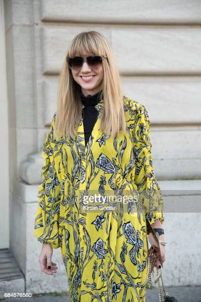 Fashion Director at Net a Porter Lisa Aiken wears an Ellery dress JW Anderson bag on day 3 during Paris Fashion Week Autumn/Winter 2017/18 on March 2...