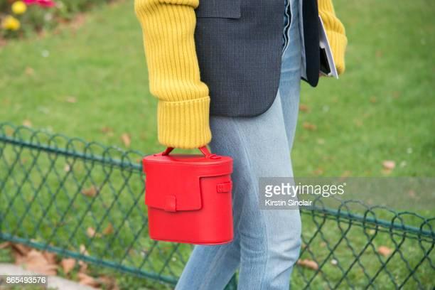 Fashion director at NetAPorter Lisa Aiken wears a Calvin Klein jacket RE/DONE jeans Nico Giani bag day 2 of Paris Womens Fashion Week Spring/Summer...