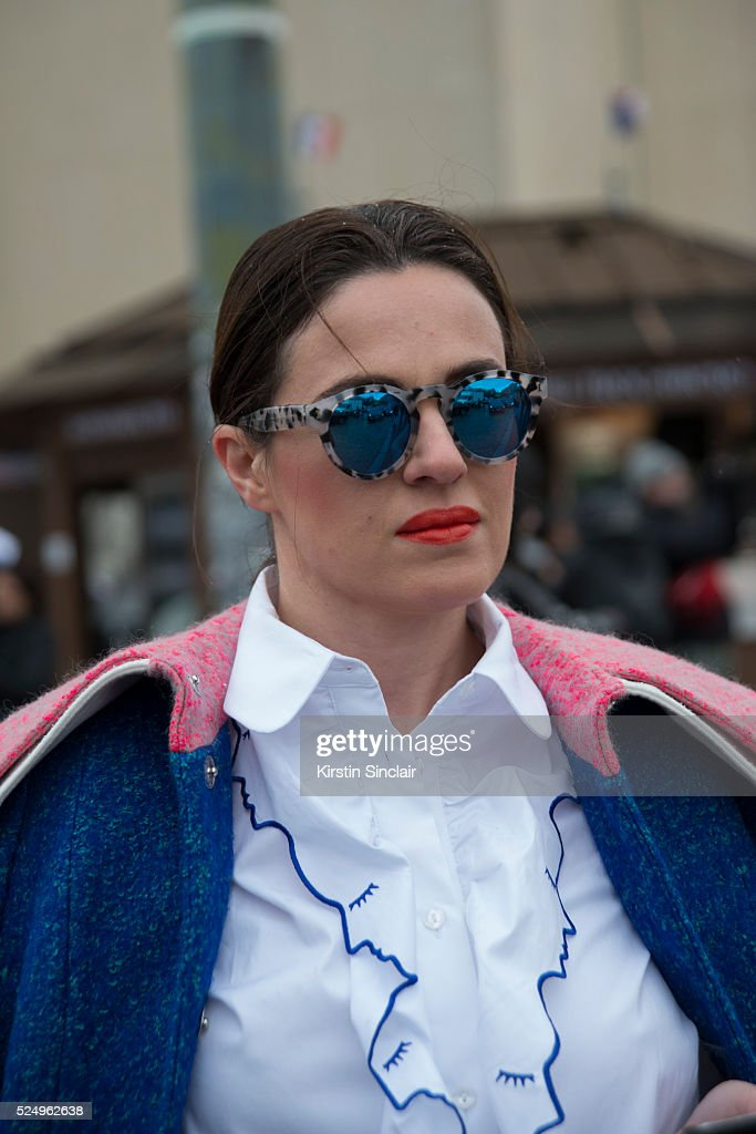 Fashion Editor Juliet Belkin wears Ippolita sunglasses on day 7 during Paris Fashion Week Autumn/Winter 2016/17 on March 7 2016 in Paris France...