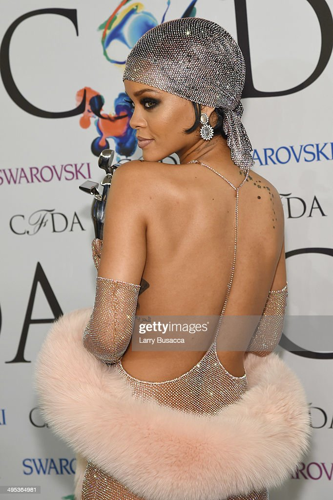 Fashion Icon award recipient Rihanna attends the winners walk during the 2014 CFDA fashion awards at Alice Tully Hall, Lincoln Center on June 2, 2014 in New York City.