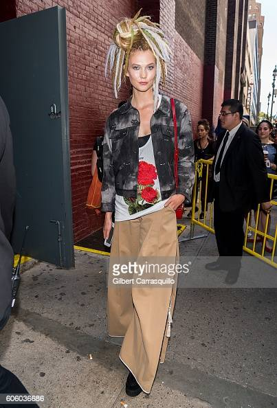 Fashion Model Karlie Kloss is seen arriving Marc Jacobs Spring 2017 fashion show during New York Fashion Week at Hammerstein Ballroom on September 15...