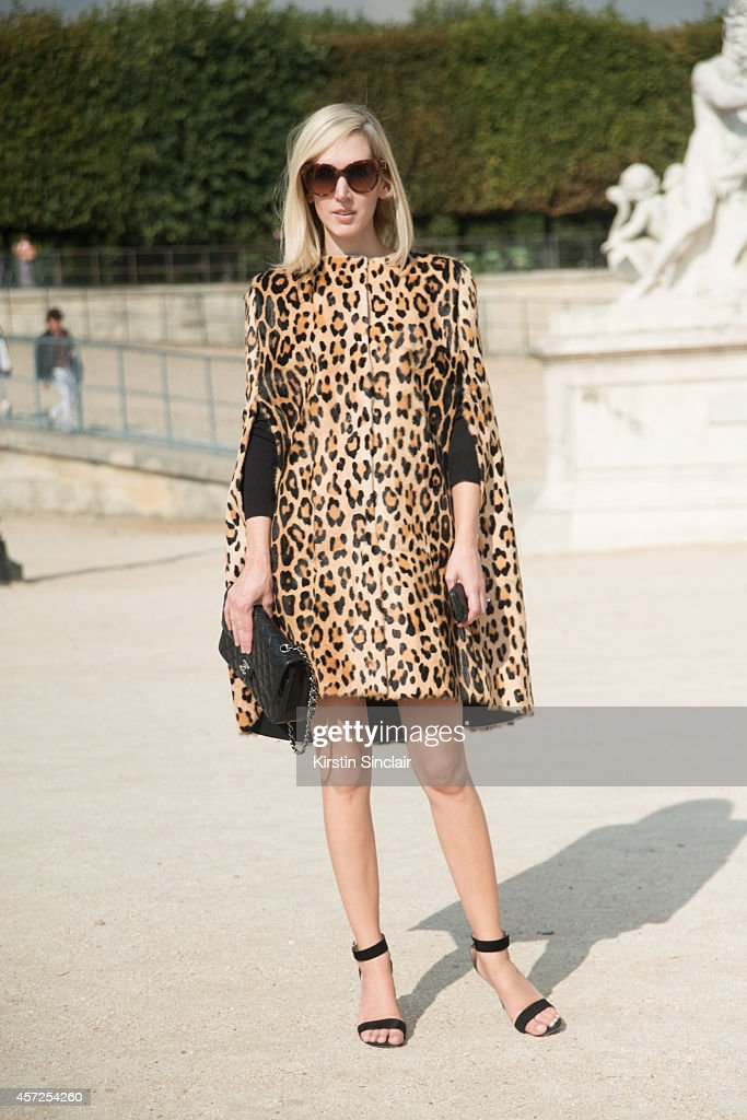Fashion News Director at Glamour Magazine UK Jane Keltner de Valle is wearing a Sport Max dress and Chanel bag on day 8 of Paris Collections Women on...