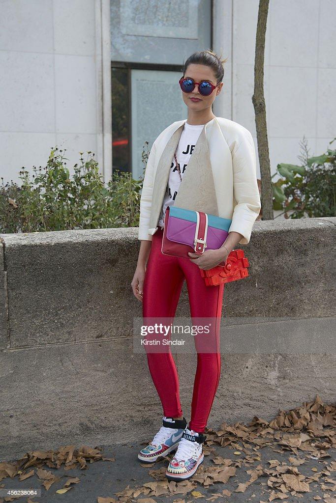 Fashion Student Nina Sieber is wearing a Maria Hoermanseder top Nike trainers American Apparel leggings Etre Cecile top Paula Cademartori bag Chanel...