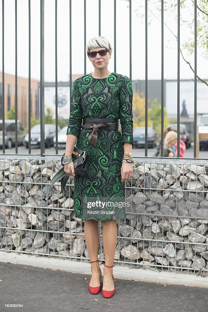 Fashion stylist <a gi-track='captionPersonalityLinkClicked' href=/galleries/search?phrase=Elisa+Nalin&family=editorial&specificpeople=7541735 ng-click='$event.stopPropagation()'>Elisa Nalin</a> wears No 21 dress, Valentino shoes and a Marc Jacobs bag on day 6 of Paris Fashion Week Spring/Summer 2014, Paris September 29, 2013 in Paris, France.