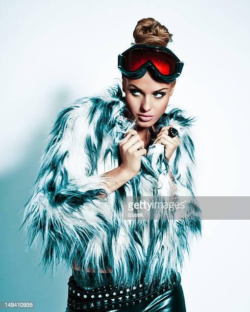 ファッション女性、冬のポートレート