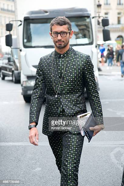 Fashion Writer Simone Marchetti wears all Valentino on day 7 during Paris Fashion Week Spring/Summer 2016/17 on October 5 2015 in Paris France Simone...