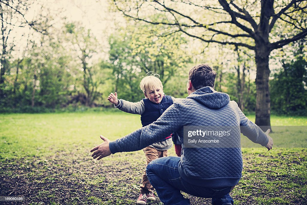 Father and son hug : Stock Photo