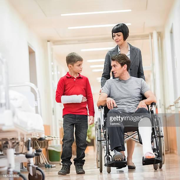 Padre e figlio in ospedale
