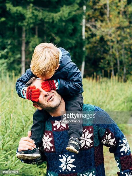 Vater und Sohn Spaß für Weihnachten
