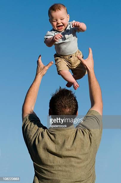 Vater seinen Sohn auffälligen