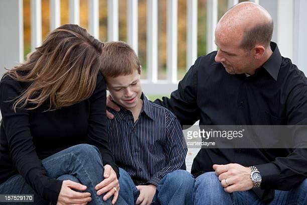 Consolas hijo de padre madre de familia, con personal cordial y amoroso