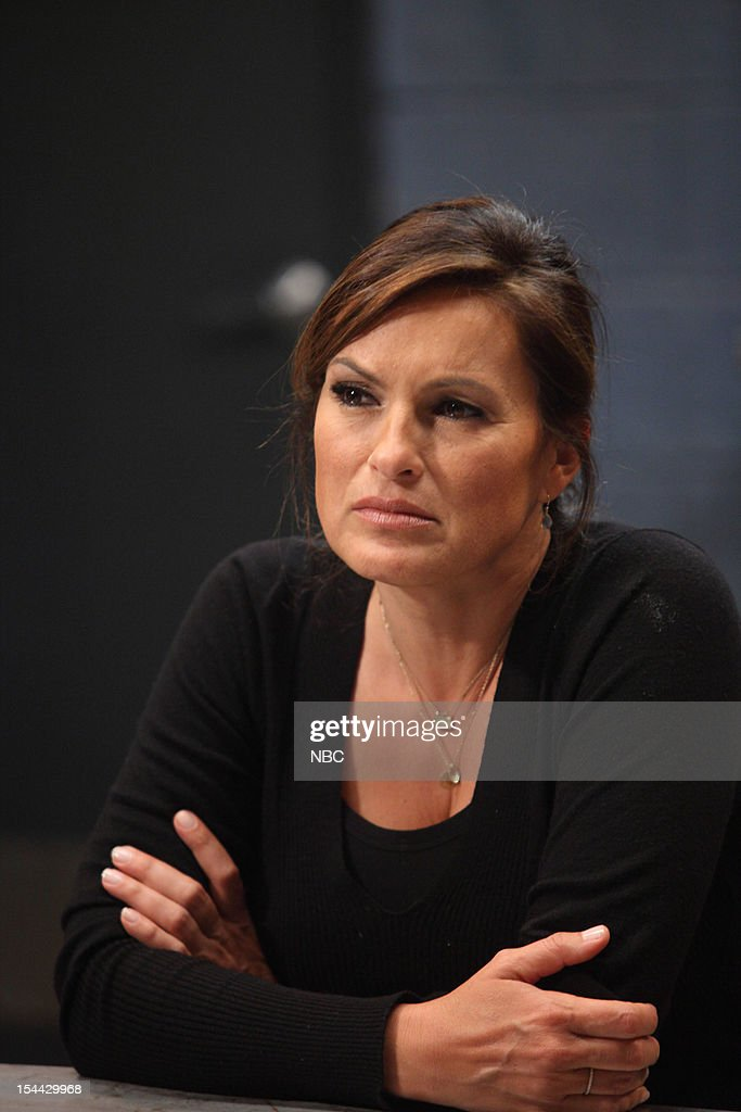 UNIT -- 'Father Dearest' Episode 1321 -- Pictured: <a gi-track='captionPersonalityLinkClicked' href=/galleries/search?phrase=Mariska+Hargitay&family=editorial&specificpeople=204727 ng-click='$event.stopPropagation()'>Mariska Hargitay</a> as Detective Olivia Benson --