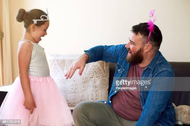 Vaterschaft. Nagelte ihn!