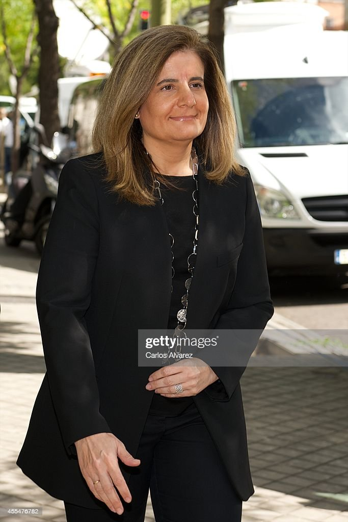 <a gi-track='captionPersonalityLinkClicked' href=/galleries/search?phrase=Fatima+Banez&family=editorial&specificpeople=8764943 ng-click='$event.stopPropagation()'>Fatima Banez</a> attends the memorial service for Spanish businessman and President of 'El Corte Ingles' Isidoro Alvarez at the Ramon Areces Foundation on September 15, 2014 in Madrid, Spain.