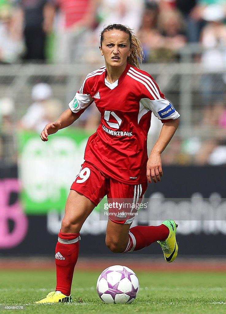 VfL Wolfsburg v 1. FFC Frankfurt - Women's Bundesliga