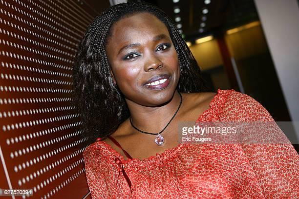 Fatou Diome on the set of TV show 'Ce Soir ou Jamais'