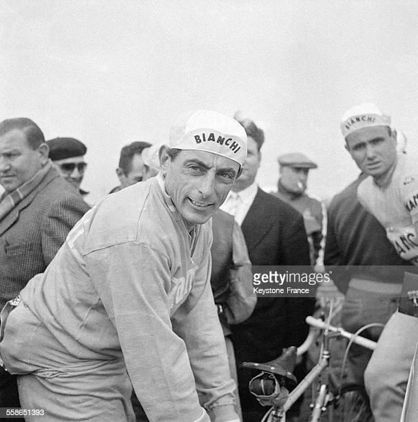 Fausto Coppi lors de la course cycliste ParisBruxelles le 24 avril 1955