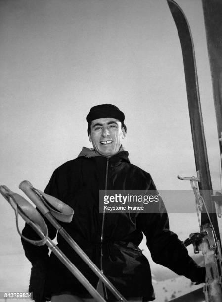 Fausto Coppi photographié lors de ses vacances à la neige en Italie