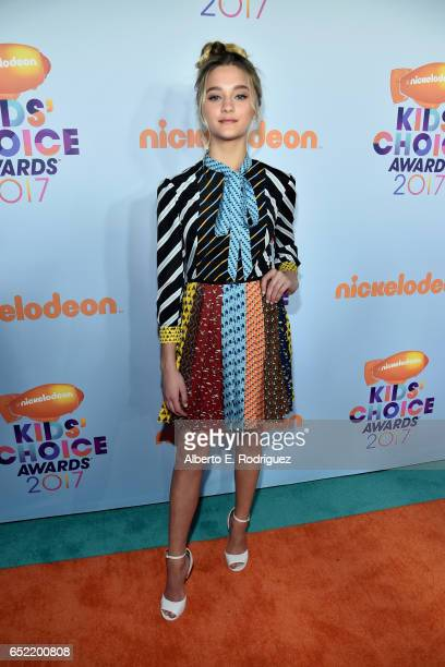 Favorite TV Actress Nominee Lizzy Greene at Nickelodeon's 2017 Kids' Choice Awards at USC Galen Center on March 11 2017 in Los Angeles California