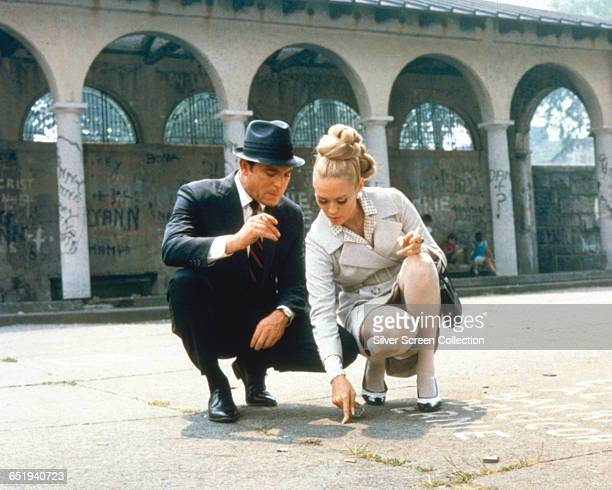 Faye Dunaway as Vicki Anderson and Paul Burke as Detective Lieutenant Eddy Malone in 'The Thomas Crown Affair' 1968