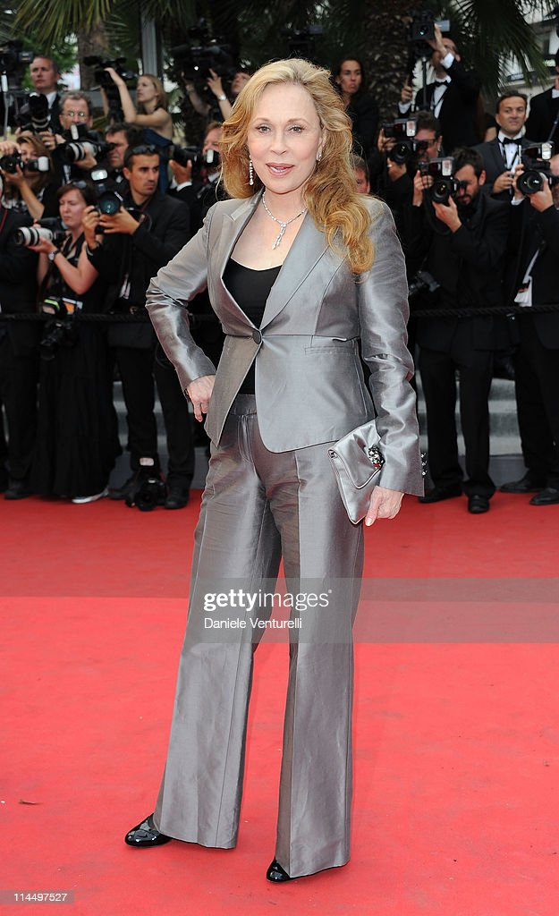 Faye Dunaway attends the 'Les Bien-Aimes' Premiere and Closing Ceremony during the 64th Annual Cannes Film Festival at the Palais des Festivals on May 22, 2011 in Cannes, France.