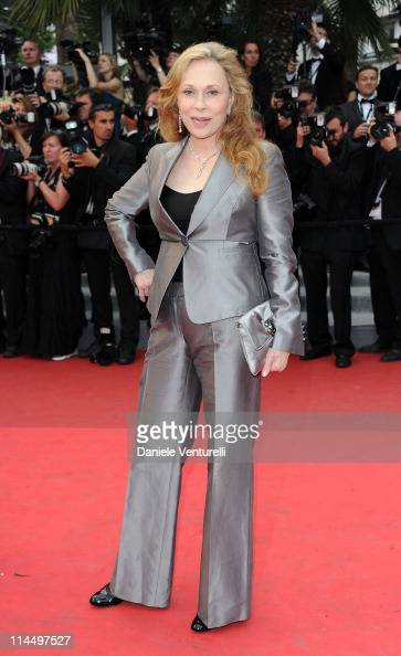 Faye Dunaway attends the 'Les BienAimes' Premiere and Closing Ceremony during the 64th Annual Cannes Film Festival at the Palais des Festivals on May...