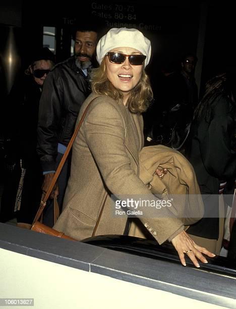 Faye Dunaway during Faye Dunaway at the Los Angeles International Airport January 21 1993 at Los Angeles International Airport in Los Angeles...