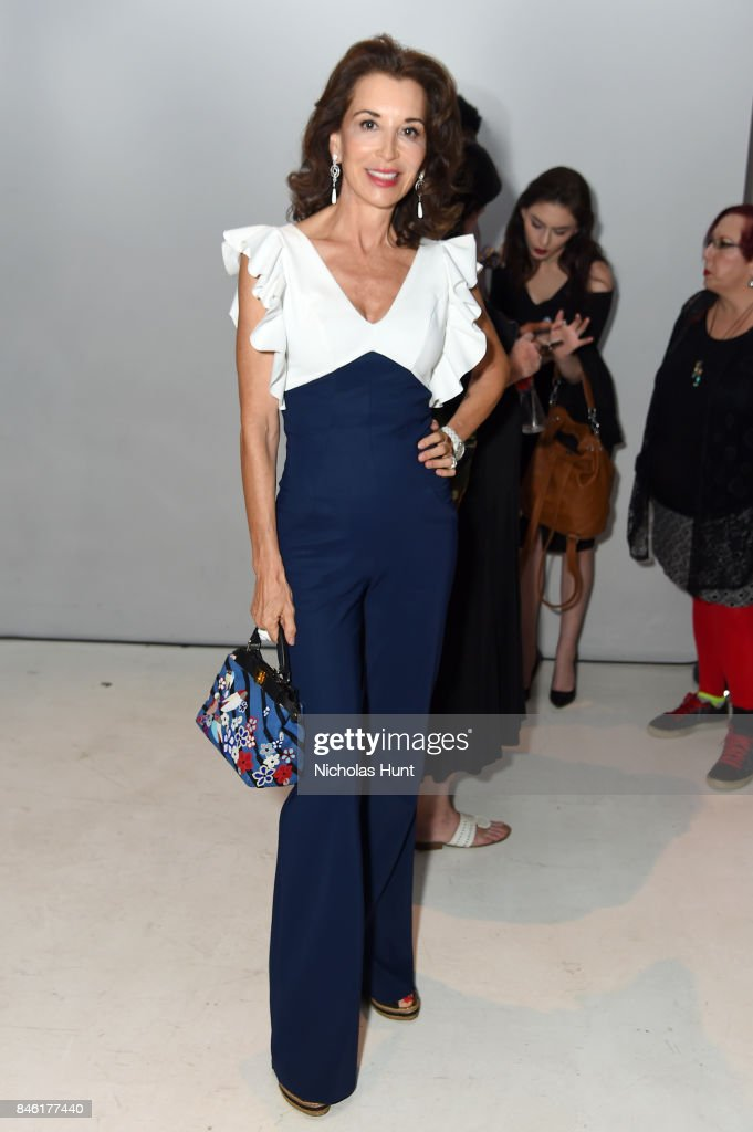 Chiara Boni La Petite Robe - Front Row - September 2017 - New York Fashion Week: The Shows