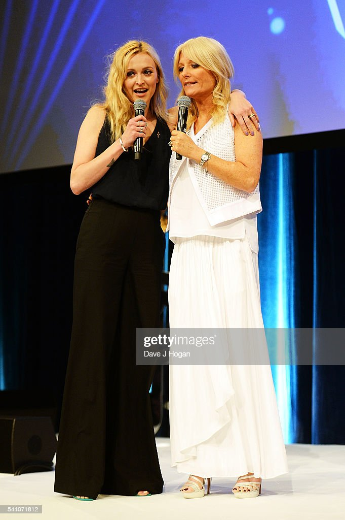 Fearne Cotton (L) and Gaby Roslin on stage during the Nordoff Robbins O2 Silver Clef Awards on July 1, 2016 in London, United Kingdom.