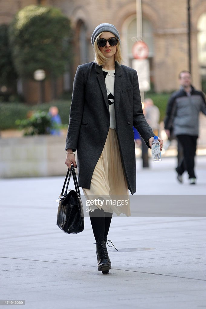 <a gi-track='captionPersonalityLinkClicked' href=/galleries/search?phrase=Fearne+Cotton&family=editorial&specificpeople=211497 ng-click='$event.stopPropagation()'>Fearne Cotton</a> arrives at Radio 1 on February 26, 2014 in London, England.