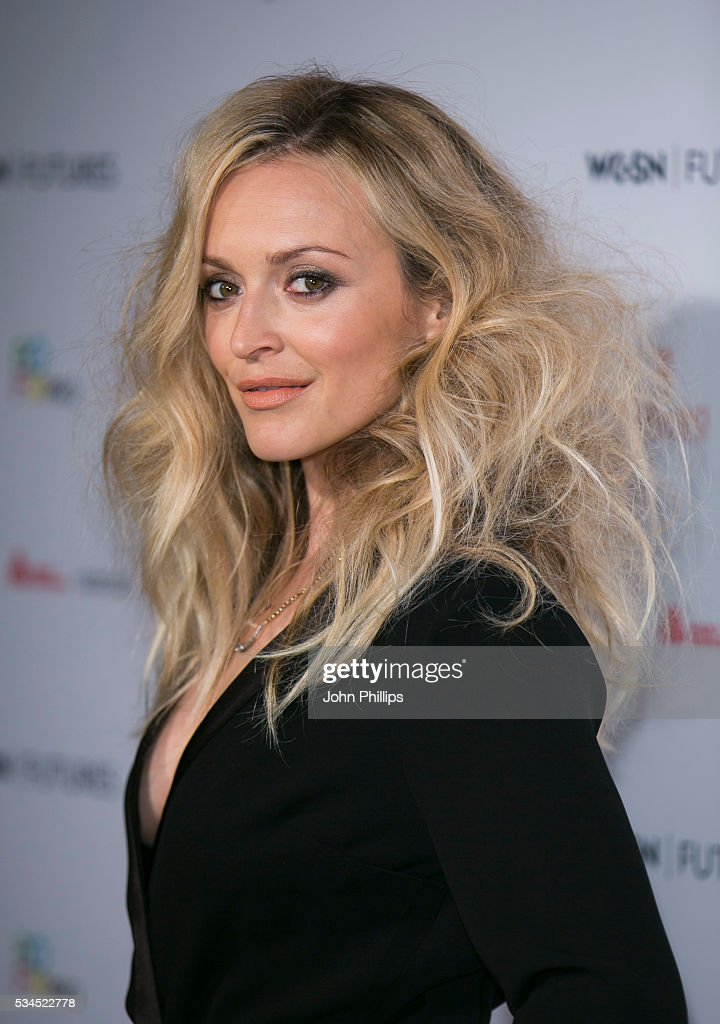 <a gi-track='captionPersonalityLinkClicked' href=/galleries/search?phrase=Fearne+Cotton&family=editorial&specificpeople=211497 ng-click='$event.stopPropagation()'>Fearne Cotton</a> arrives for the WGSN Futures Awards 2016 on May 26, 2016 in London, England.