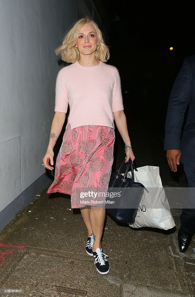 <a gi-track='captionPersonalityLinkClicked' href=/galleries/search?phrase=Fearne+Cotton&family=editorial&specificpeople=211497 ng-click='$event.stopPropagation()'>Fearne Cotton</a> leaving Riverside studios after filming Celebrity Juice on March 12, 2014 in London, England.