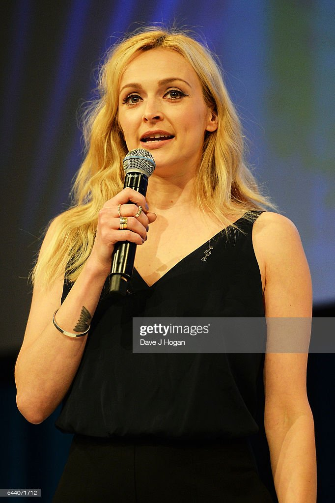 Fearne Cotton presenting the American Express Innovation Award during the Nordoff Robbins O2 Silver Clef Awards on July 1, 2016 in London, United Kingdom.
