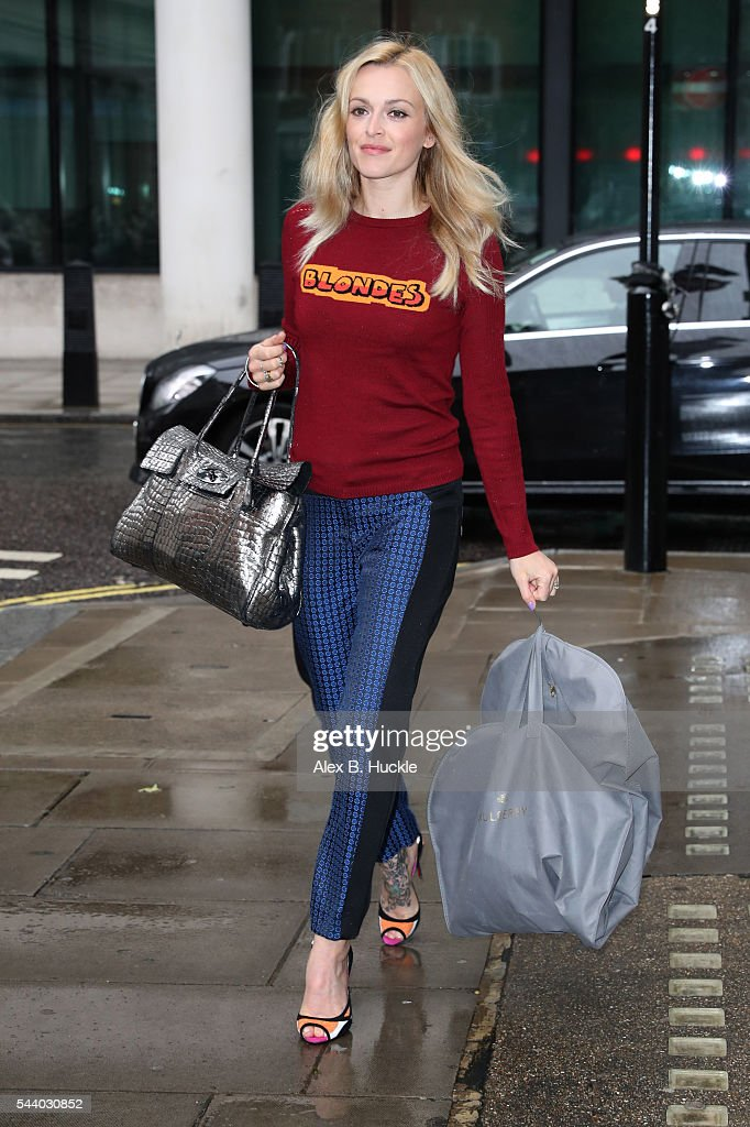<a gi-track='captionPersonalityLinkClicked' href=/galleries/search?phrase=Fearne+Cotton&family=editorial&specificpeople=211497 ng-click='$event.stopPropagation()'>Fearne Cotton</a> seen arriving at the BBC Radio 2 Studios on July 1, 2016 in London, England.