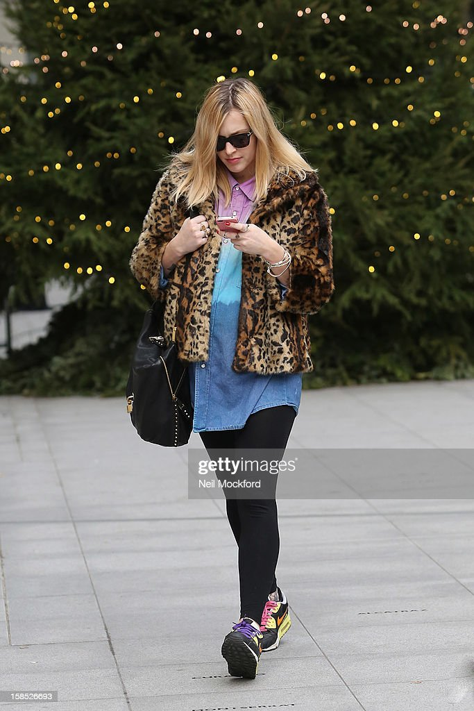 <a gi-track='captionPersonalityLinkClicked' href=/galleries/search?phrase=Fearne+Cotton&family=editorial&specificpeople=211497 ng-click='$event.stopPropagation()'>Fearne Cotton</a> seen at the ITV Studios on December 18, 2012 in London, England.