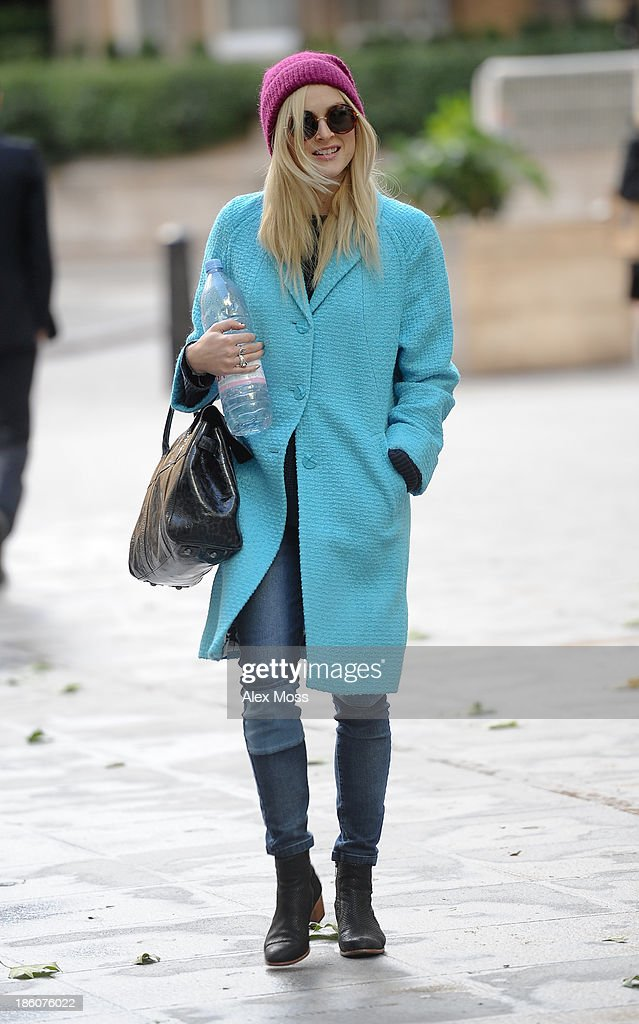 <a gi-track='captionPersonalityLinkClicked' href=/galleries/search?phrase=Fearne+Cotton&family=editorial&specificpeople=211497 ng-click='$event.stopPropagation()'>Fearne Cotton</a> sighted arriving at BBC Radio 1 on October 28, 2013 in London, England.