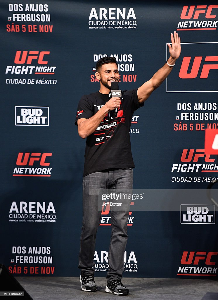 UFC featherweight Yair Rodriguez of Mexico interacts with fans during a Q&A session before the UFC weigh-in at the Arena Ciudad de Mexico on November 4, 2016 in Mexico City, Mexico.