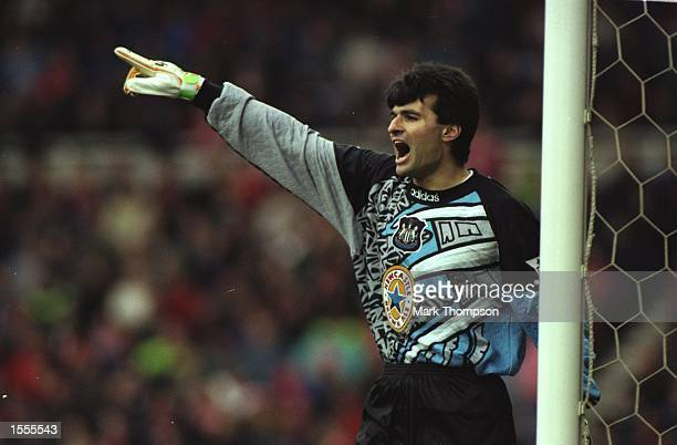 Newcastle United goalkeeper Pavel Srnicek directs his team mates during an FA Carling Premiership match against Middlesbrough at the Cellnet...