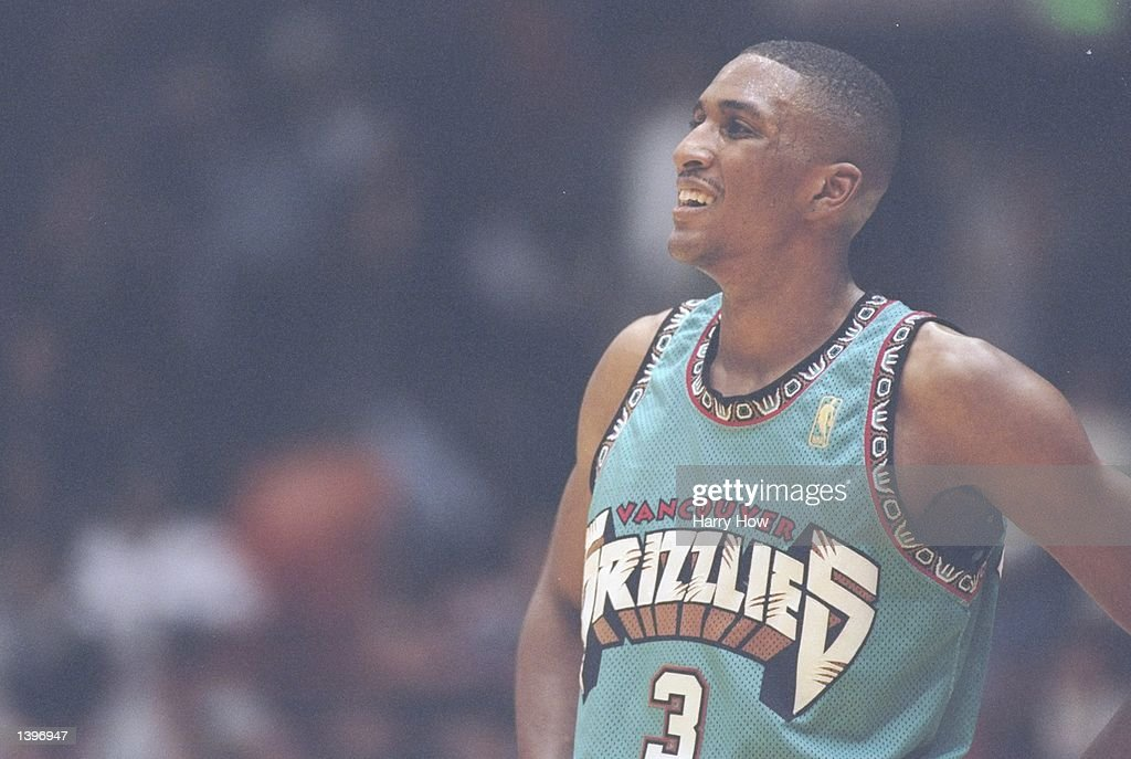 Forward Shareef Abdur-Rahim of the Vancouver Grizzlies looks on during a game against the Los Angeles Lakers at the Great Western Forum in Inglewood, California. The Lakers won the game 99-91. Mandatory Credit: Harry How /Allsport