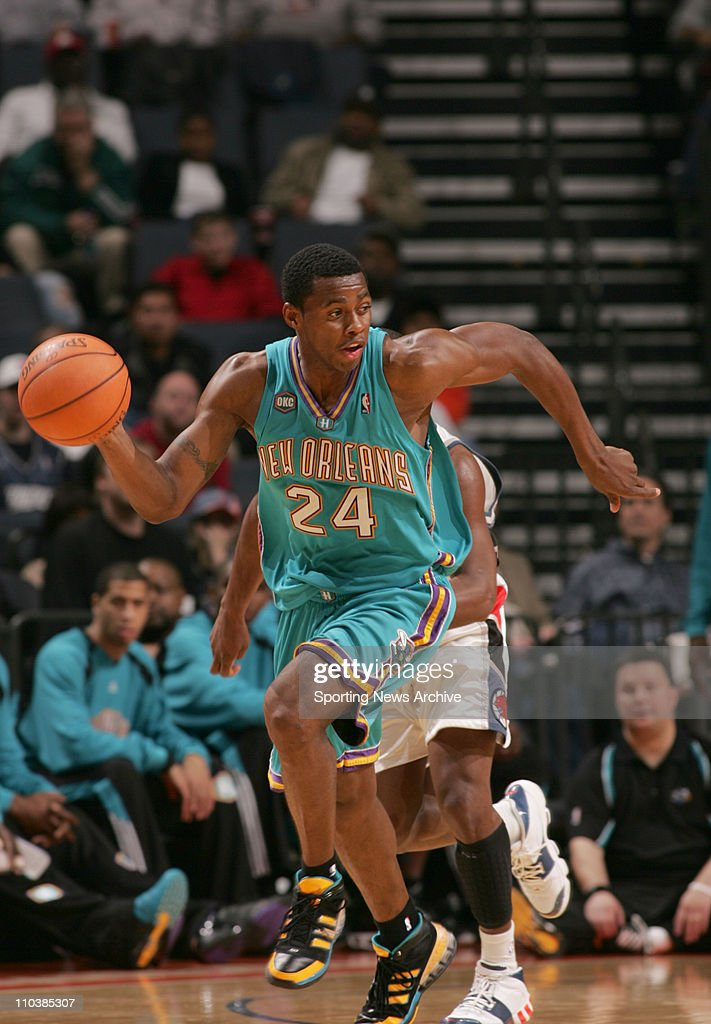 Feb 20 2007 Charlotte NC USA New Orleans/Oklahoma City Hornets DESMOND MASON against Charlotte Bobcats on Feb 20 at the Charlotte Bobcats Arena in...
