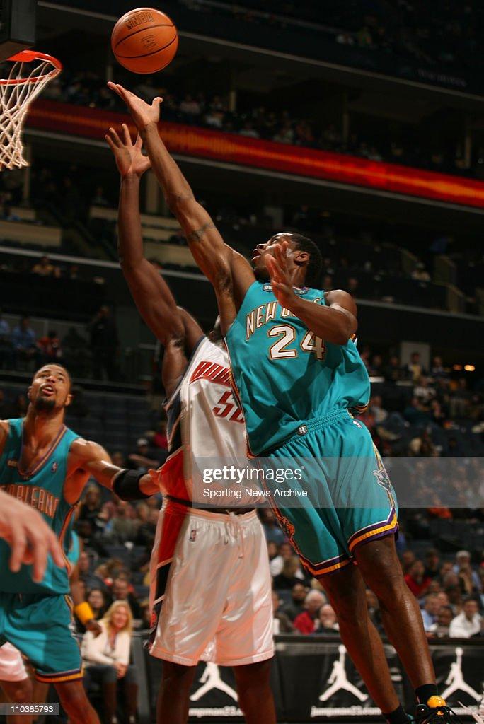 Feb 20 2007 Charlotte NC USA New Orleans/Oklahoma City Hornets DESMOND MASON against Charlotte Bobcats EMEKA OKAFOR on Feb 20 at the Charlotte...