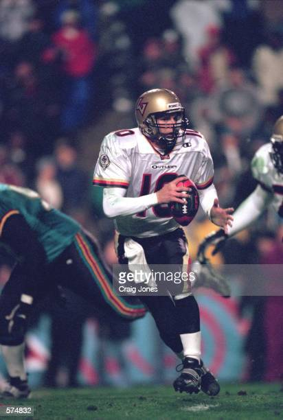 Mike Cawley of the Las Vegas Outlaws moves with the ball during the game against the Memphis Maniax at the Liberty Bowl in Memphis Tennessee The...