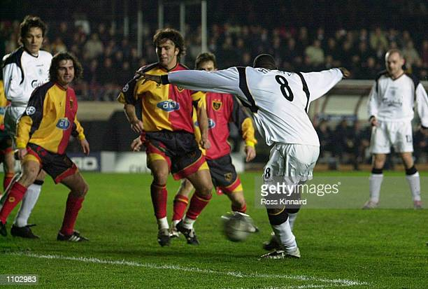 Emile Heskey of Liverpool scores the equalising goal during the UEFA Champions League Second Stage Group B match between Galatasaray and Liverpool...