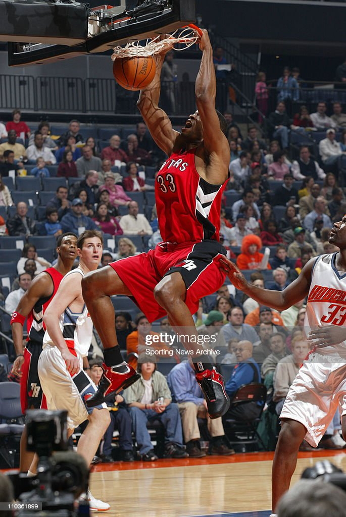 Feb 23, 2006; Charlotte, NC, USA; Toronto Raptors ANTONIO DAVIS, against Charlotte Bobcats at the Charlotte Bobcats Arena. The Raptors won 88-73.