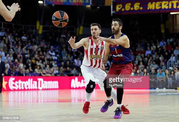 Vangelis Mantzaris and Juan Carlos Navarro during the match beetwen FC Barcelona and Olympiakos corresponding to the week 8 of the Top 16 of the...