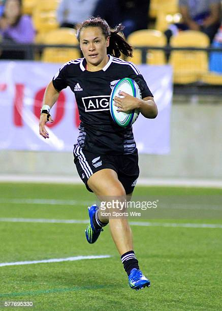 Portia Woodman of New Zealand scores a try during the IRB Women's Sevens World Series final against Canada at Kennesaw State University in Atlanta...