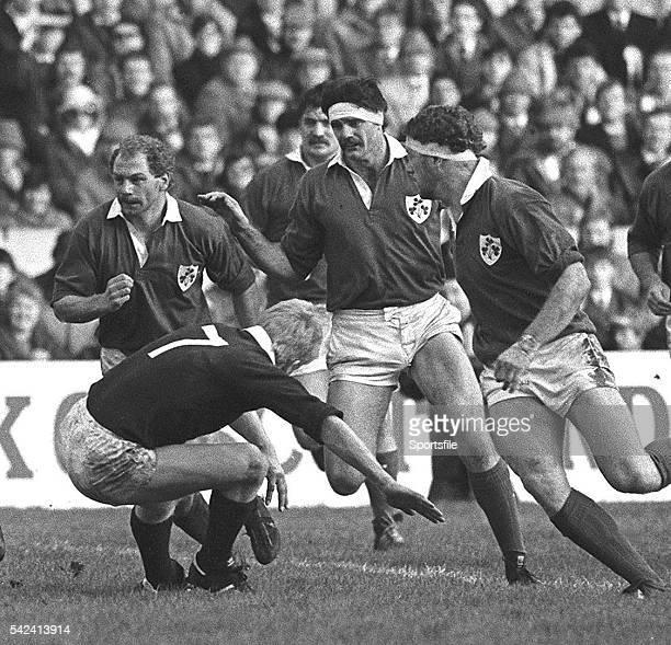 2 February 1985 Nigel Carr left and Willie Anderson centre Ireland Five Nations Rugby Championship Scotland v Ireland Murrayfield Edinburgh Scotland...